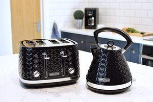 Morphy Richards Vector Pyramid Kettle with a matching toaster.